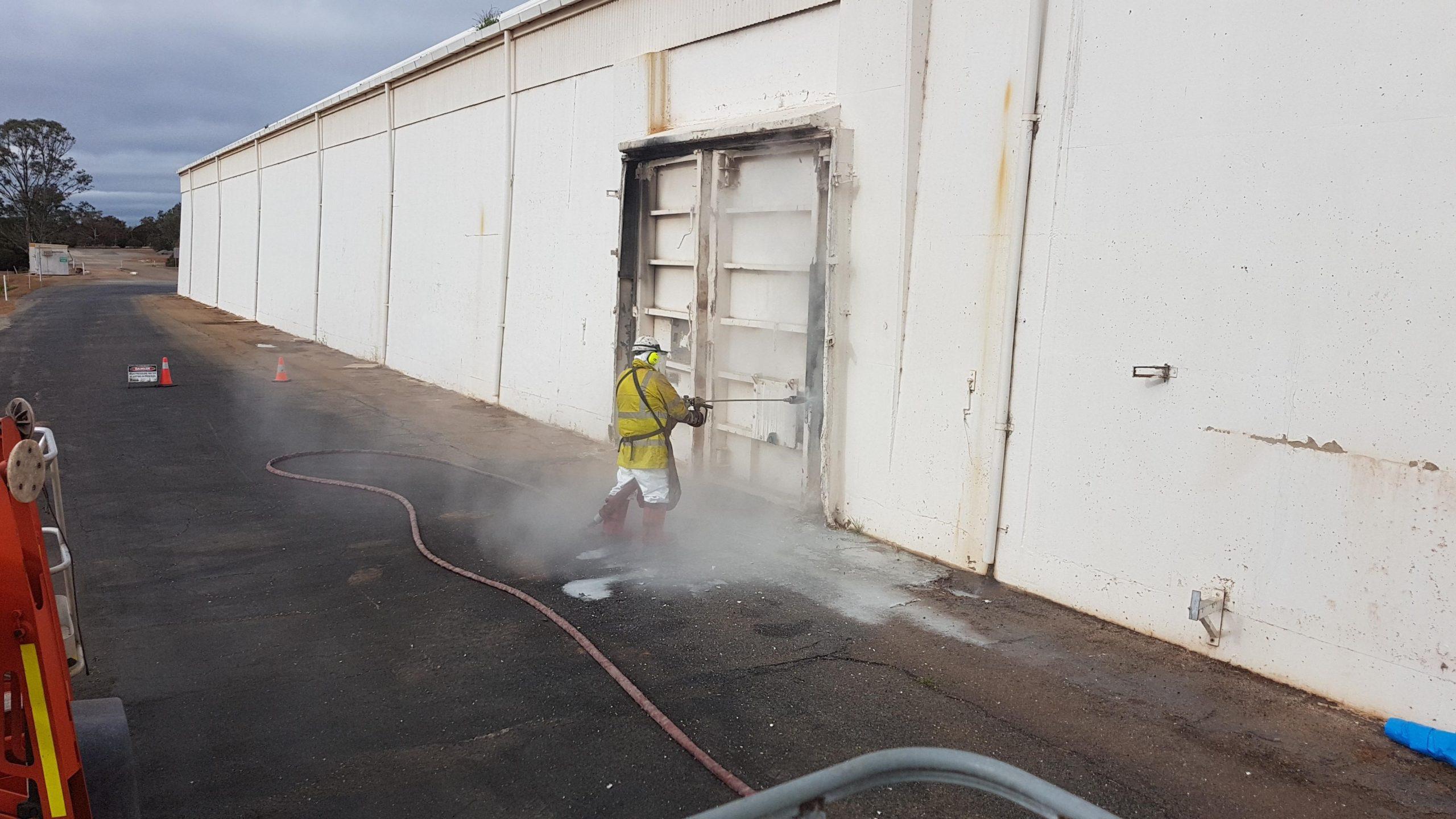 UHP Door Sealing Removal